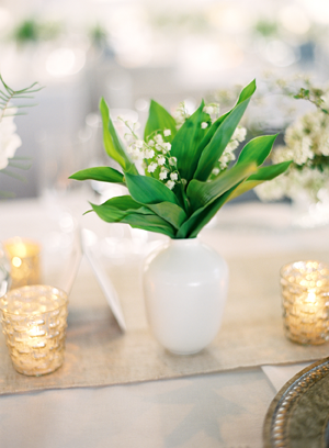 white-lily-of-the-valley-wedding-centerpieces