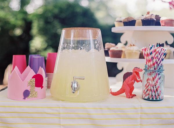 OSBP-Sophies-Balloon-First-Birthday-Party-Vicki-Grafton-Photography-51