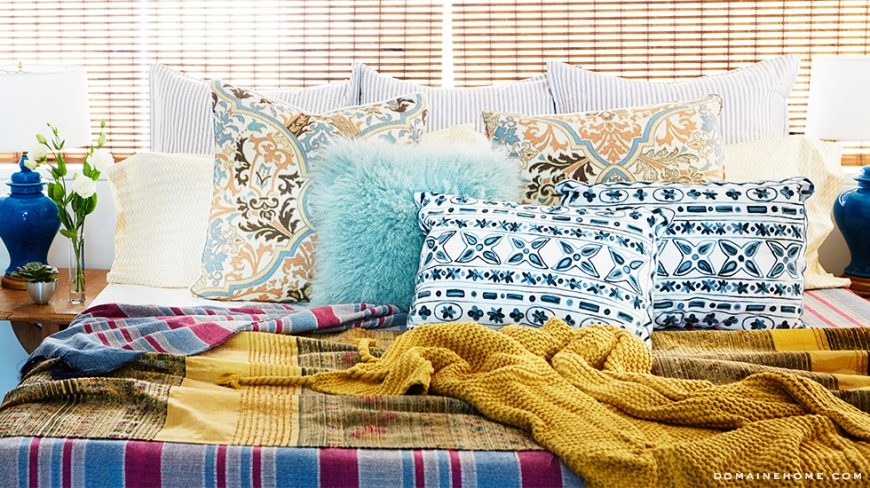 5-bedroom-pillows-blankets-inspiring-whitney-port-home-tour-venice-domaine-home